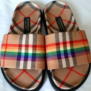 Burberry Vintage Checker Slides Limited Edition